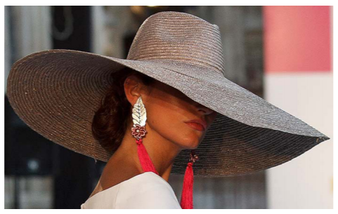 d598ebef83762 Los accesorios  el sombrero de mujer - ANDRESPERT ©ANDRESPERT ©