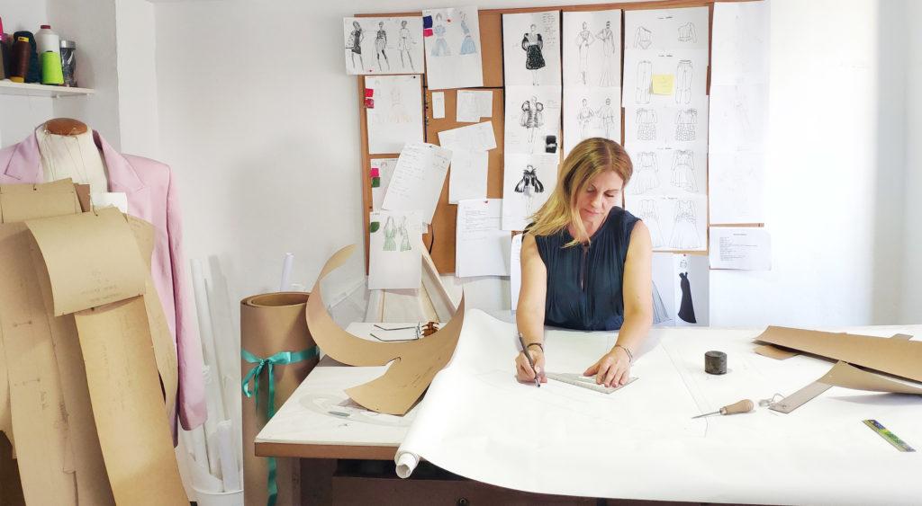 Patronaje, corte y confección y diseño de moda en Valencia